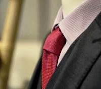 Costume homme : l'accès au sur mesure