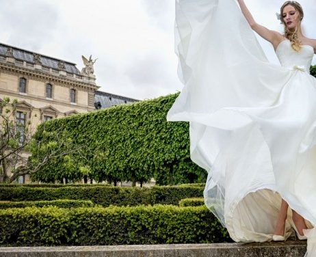 Le site robeparis.fr vous aide à choisir une robe de mariée adaptée à votre morphologie pour mettre en valeur votre silhouette.