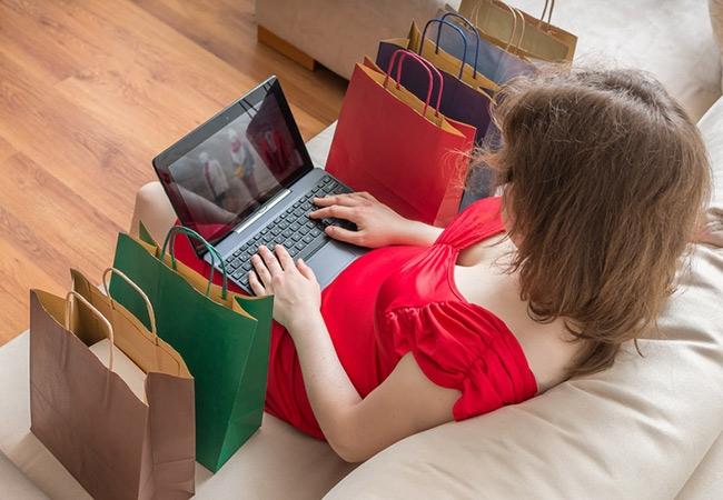 Portez une robe longue en toute occasion avec Leywess.com
