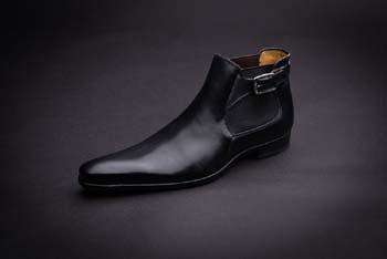 Chaussures au parfum de luxe pour business man !