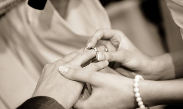 Bagues de mariage : comment bien les choisir ?