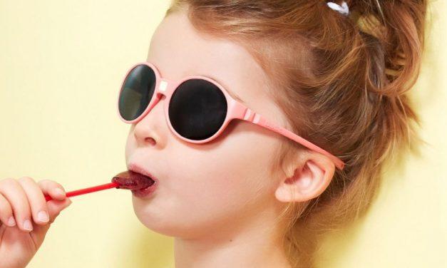Protéger les yeux d'un nourrisson contre le soleil : les conseils à considérer