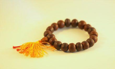 Les 3 modèles de bracelets pour femmes qui vont sublimer votre look cette année