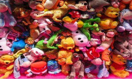 Comment bien choisir un jouet pour un enfant moins d'un an?