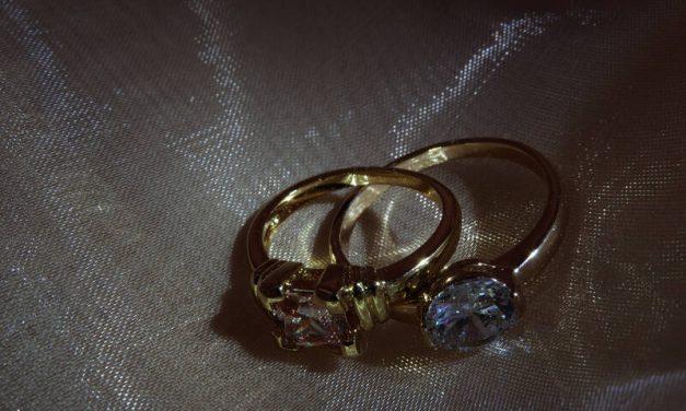 Immortalisez votre amour avec le bague solitaire en diamant