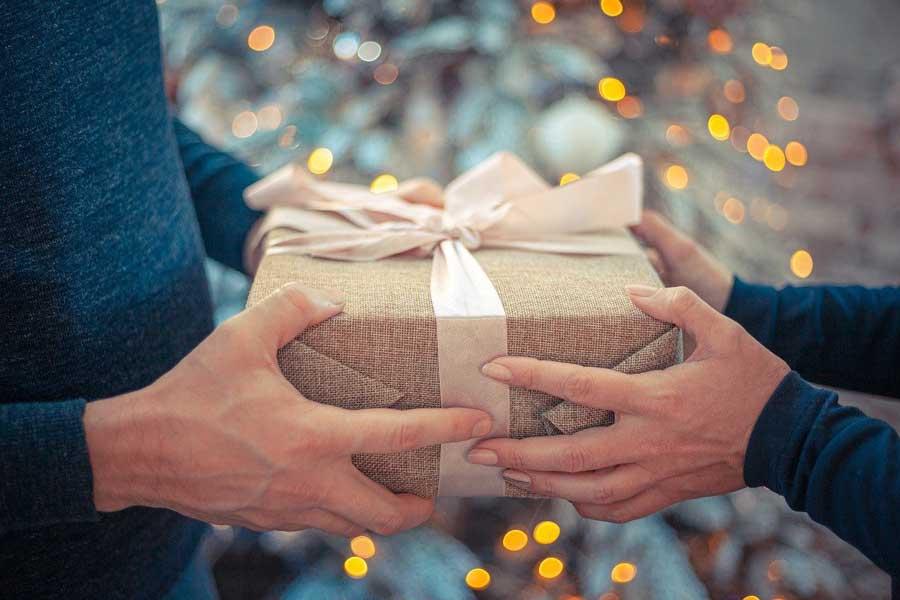 Les meilleures idées de cadeaux de Noël pour un homme