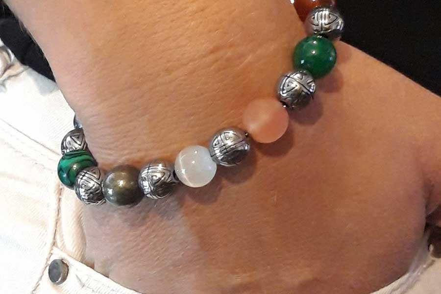 Porter un bracelet chemin de vie pour un meilleur équilibre