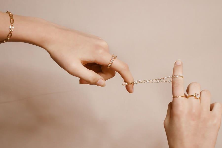Nos meilleurs conseils pour choisir un bijou qui vous ressemble